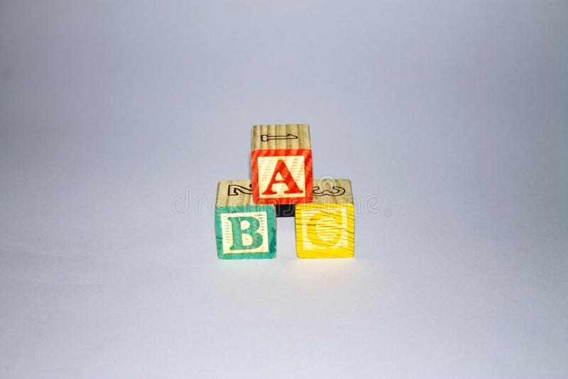 Деревянные блоки алфавита стоковое изображение rf