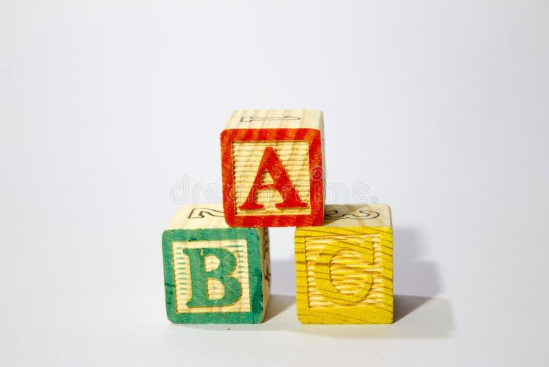 Деревянные блоки алфавита стоковые фотографии rf