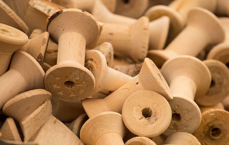 Деревянные катушкы стоковое фото