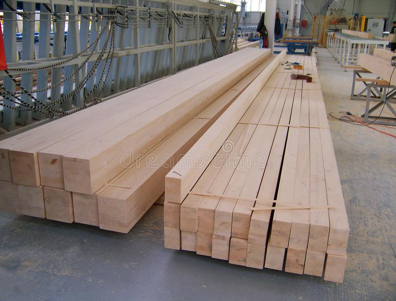 Деревянные лучи длиной стоковые изображения rf