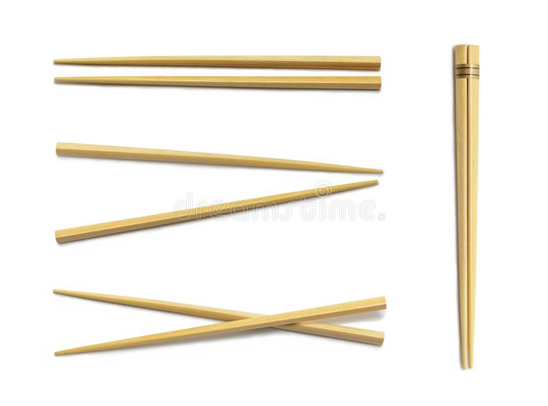 Деревянные палочки Установите аксессуары для суш изолированных на белизне стоковые изображения