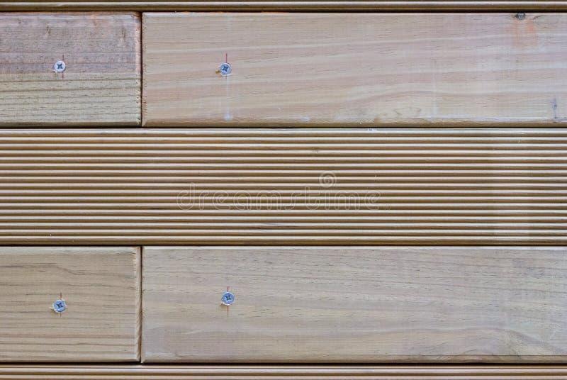 Деревянные плашки привинтили стоковые изображения rf