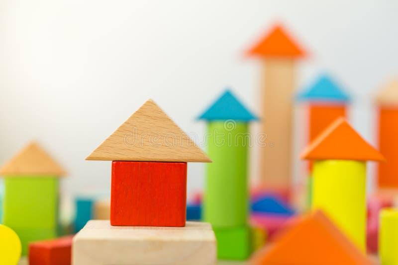 Деревянные строительные блоки стоковая фотография