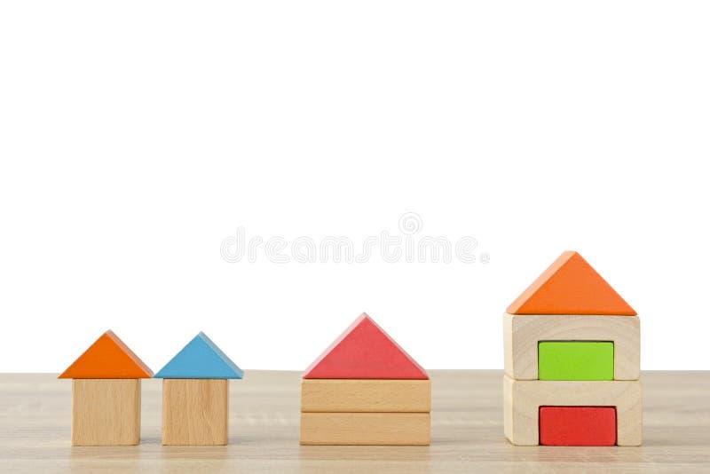 Деревянные строительные блоки стоковые фото