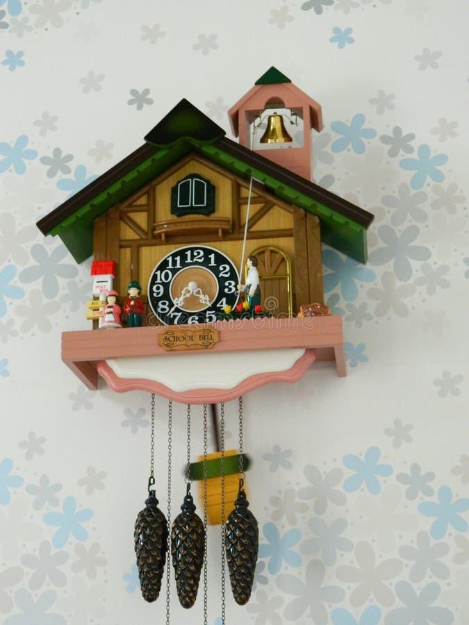 Деревянные часы стоковая фотография