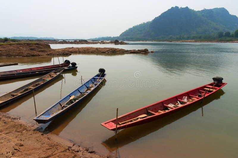 Деревянные шлюпки - рыбацкая лодка стоковое фото