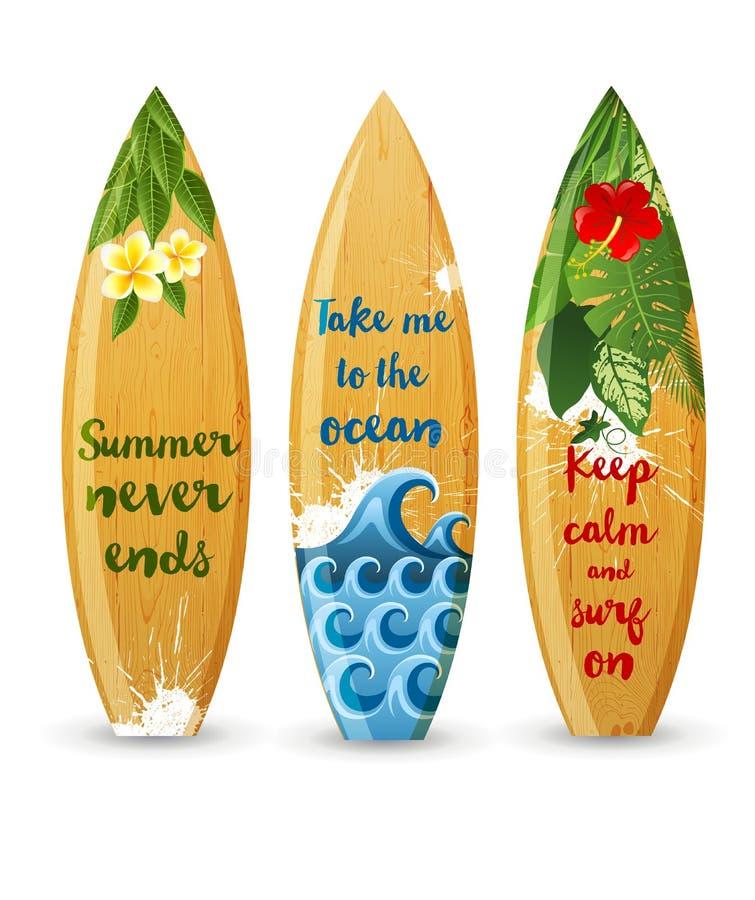 Деревянные surfboards с типом дизайнами иллюстрация вектора
