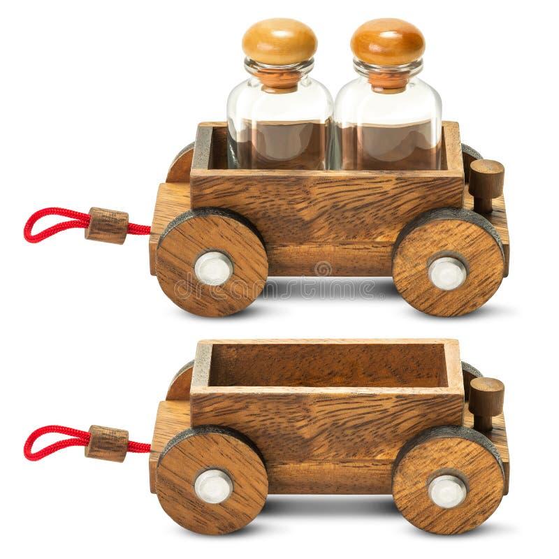 Деревянный автомобиль трейлера стоковые изображения rf