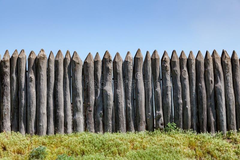 Деревянный античный палисад стоковая фотография
