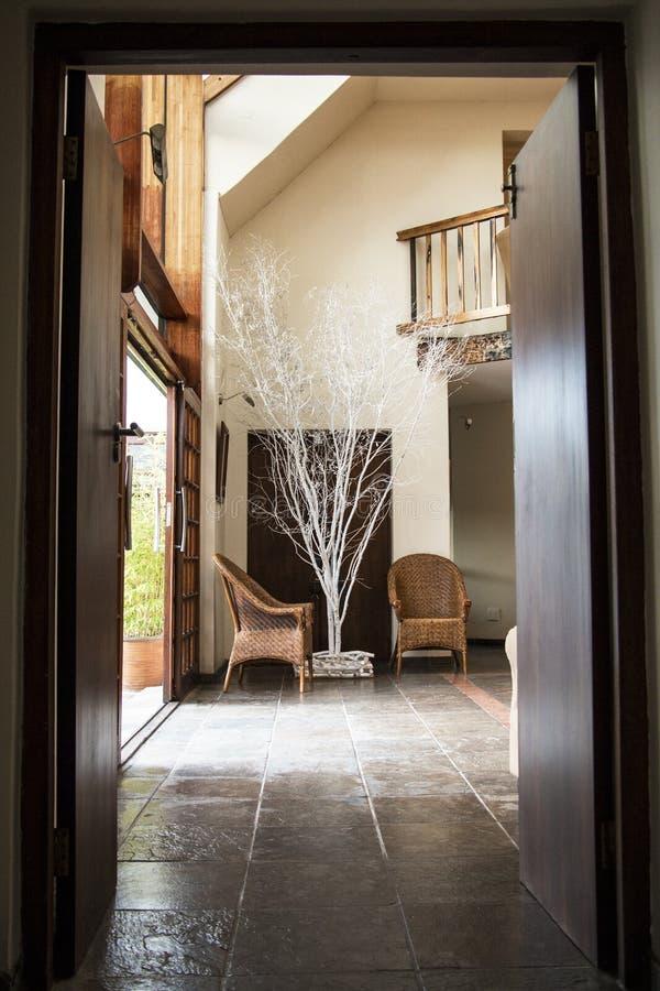 Деревянный вход стоковое фото