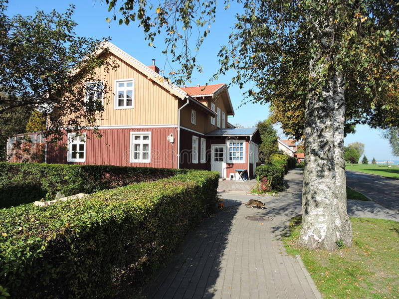 Деревянный дом, Литва стоковое изображение