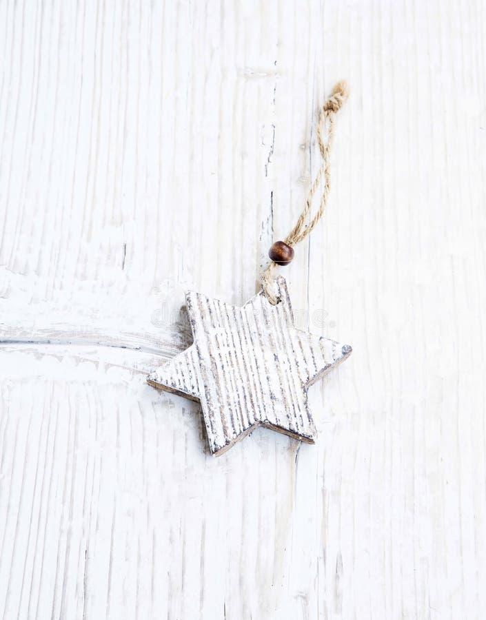 Деревянный орнамент рождества звезды стоковые фотографии rf