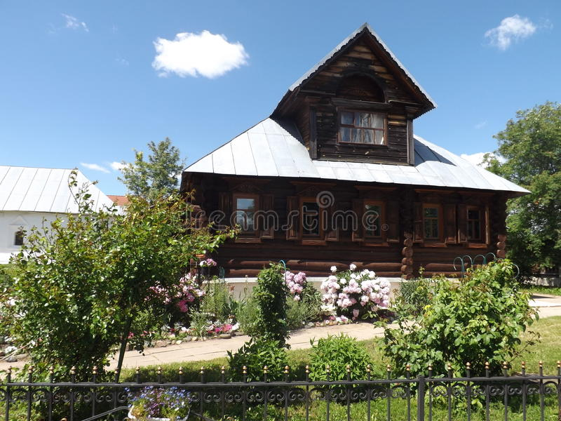Деревянный, русский, деревня, дом, frontage стоковые фотографии rf