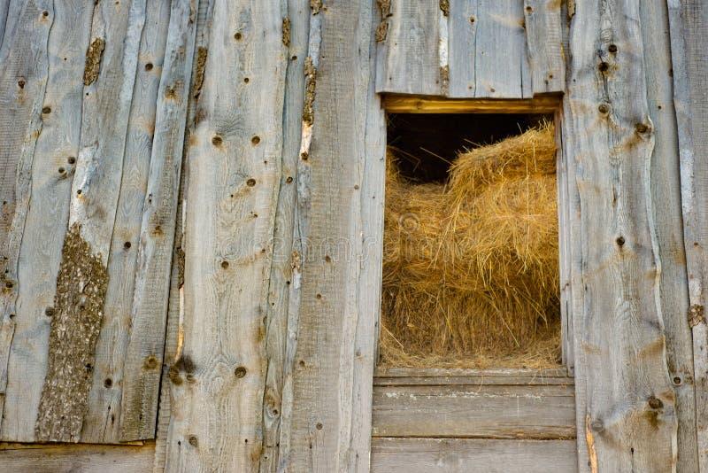 Деревянный сеновал стоковая фотография rf