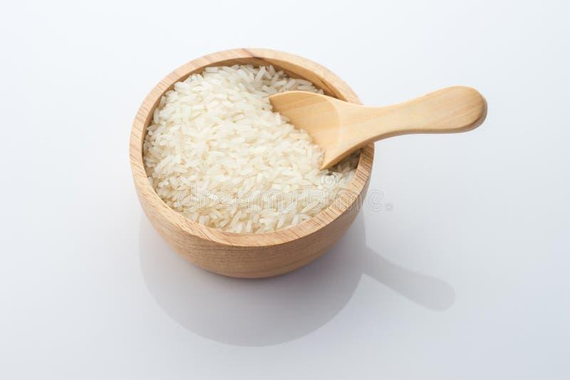 Деревянный шар зерна риса жасмина стоковые изображения