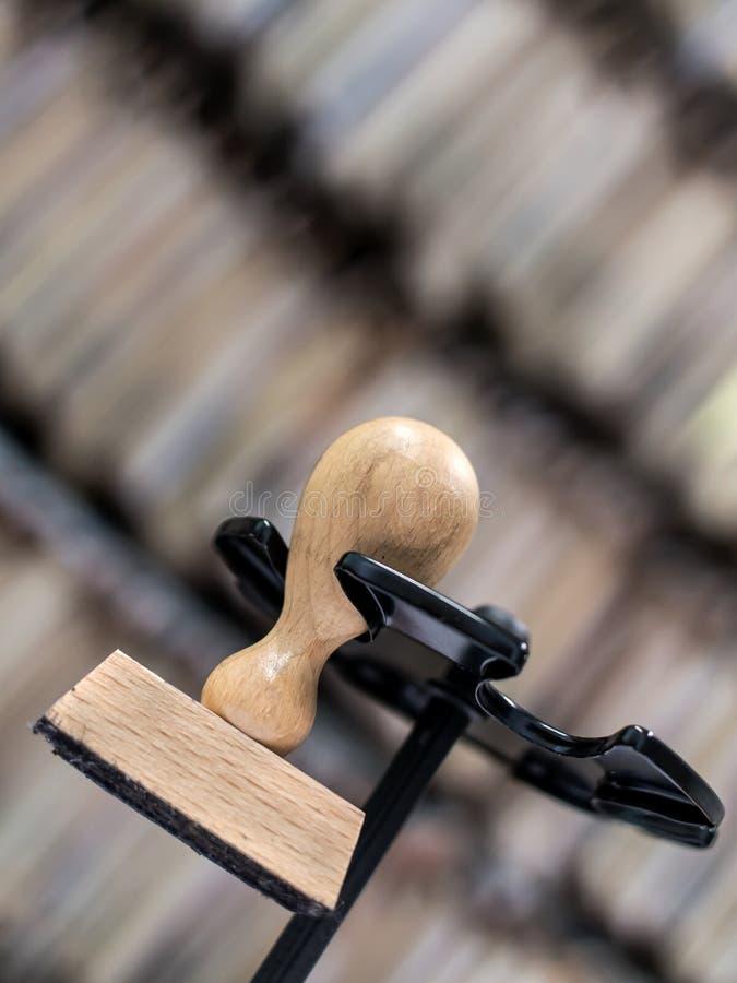 Деревянный штемпель чернил стоковое фото