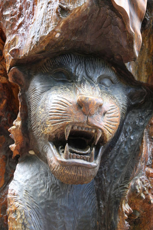 Деревянный ягуар стоковая фотография