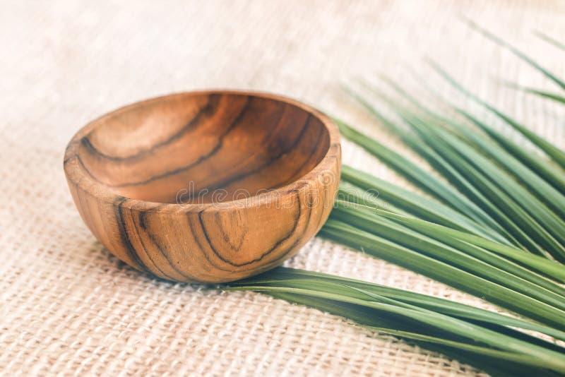 Деревянный tableware Чисто древесина teak Dinnerware, kitchenware от Индонезии стоковое фото rf