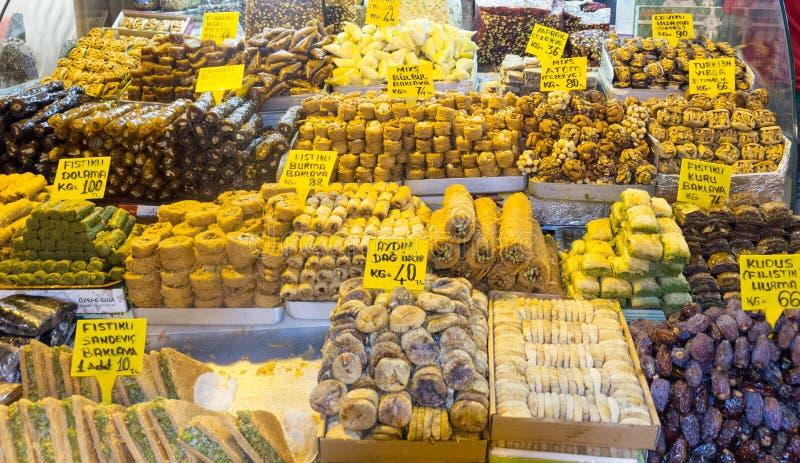 Десерты и помадки для продажи стоковые фото