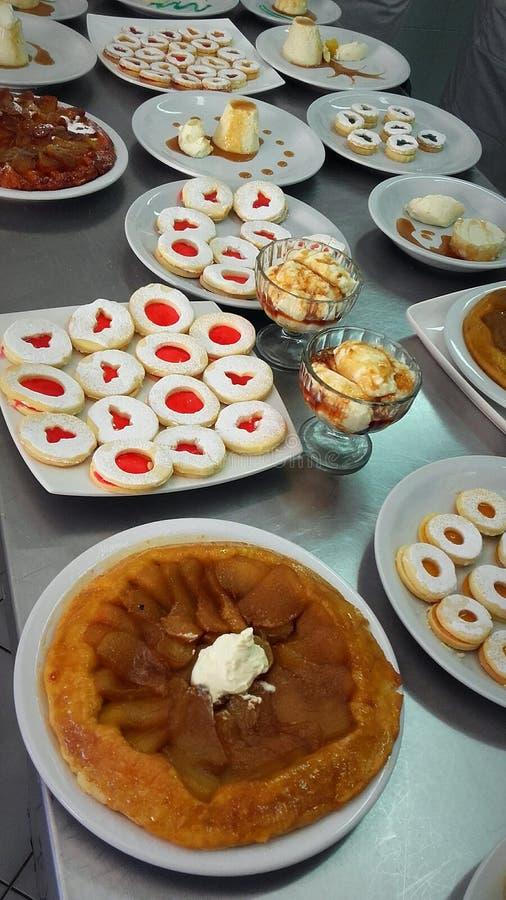 Десерты стоковые фото