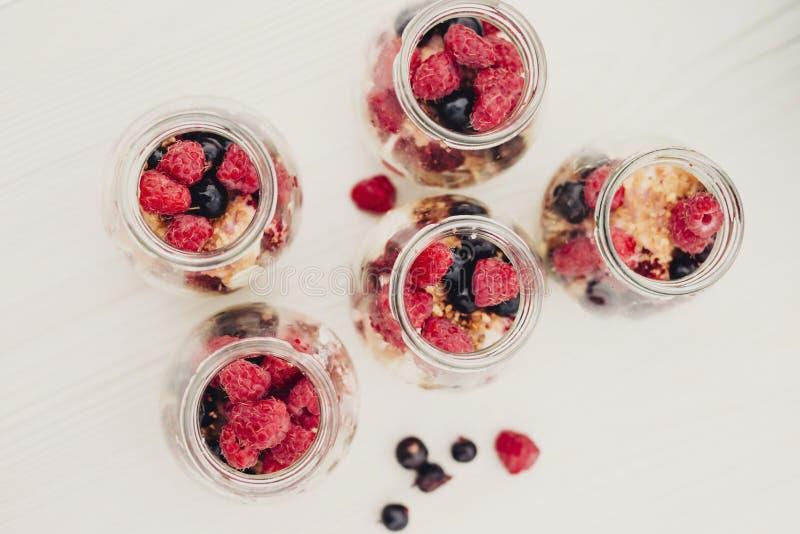 Десерт сделал из свежих диких ягод стоковое изображение rf