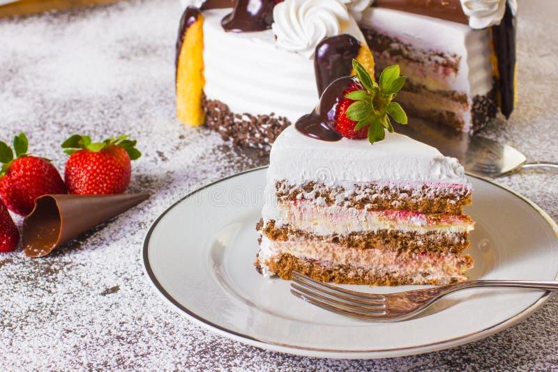 Десерт торта клубники стоковые изображения