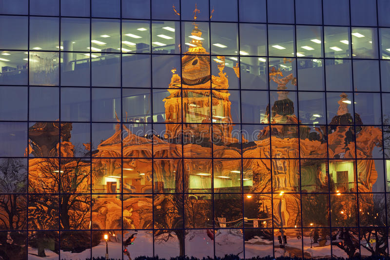 Дес Моинес, Айова - здание капитолия положения стоковое фото rf