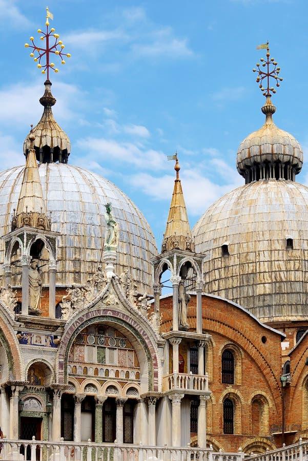 детализирует дворец s venice Италии doge богато украшенный стоковые фотографии rf