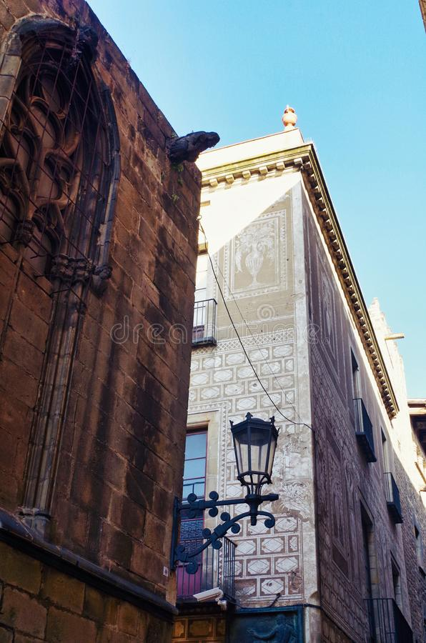 Детали архитектуры готического квартала, Барселоны стоковые фотографии rf