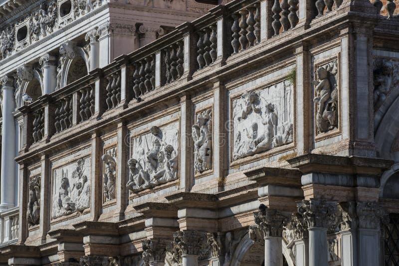 Детали интерьера базилики ` s St Mark в Венеции стоковое фото