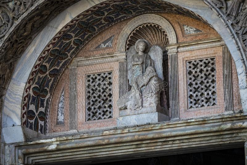 Детали интерьера базилики ` s St Mark в Венеции стоковое изображение rf