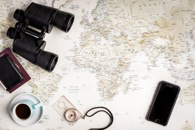 Детали планирования карты и перемещения взгляд сверху стоковые изображения rf