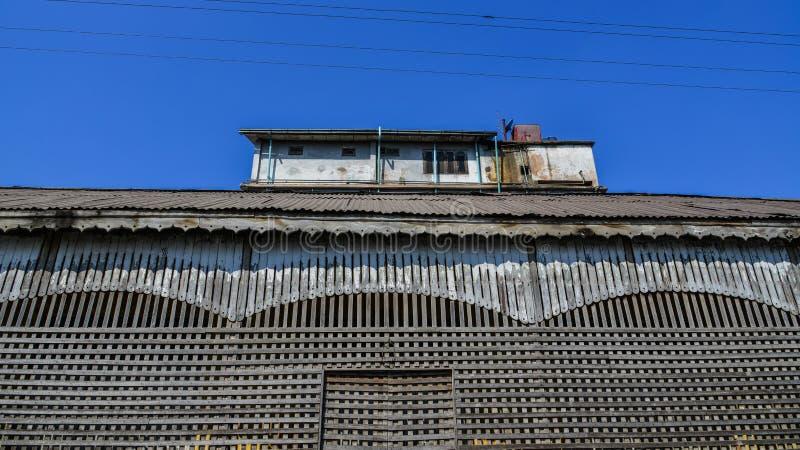 Детали старого деревянного дома стоковое фото rf