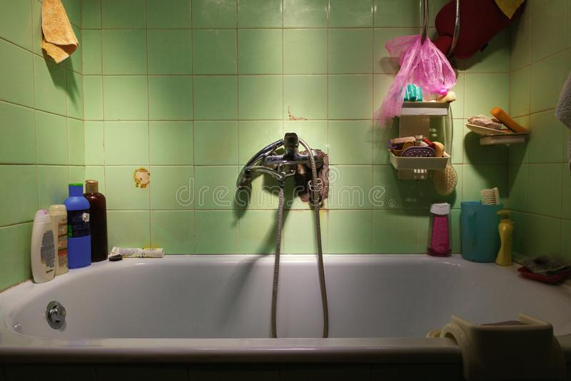 Детали старого Bathroom стоковые фотографии rf