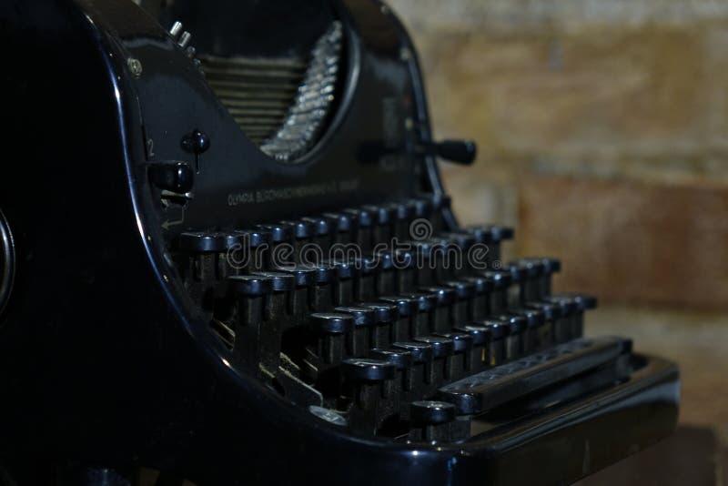 Детали старой ретро машинки, винтажный стиль, пылевоздушные поверхности стоковое фото