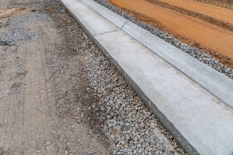 Прессуем бетон строительный раствор кратко