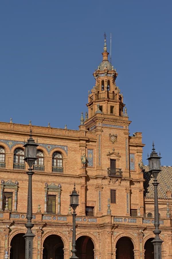 Деталь архитектуры Площади de Espana, Севильи стоковые фото