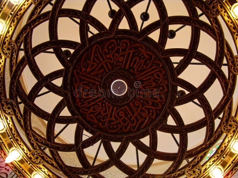 деталь внутри qishas мечети jeddah стоковые фото