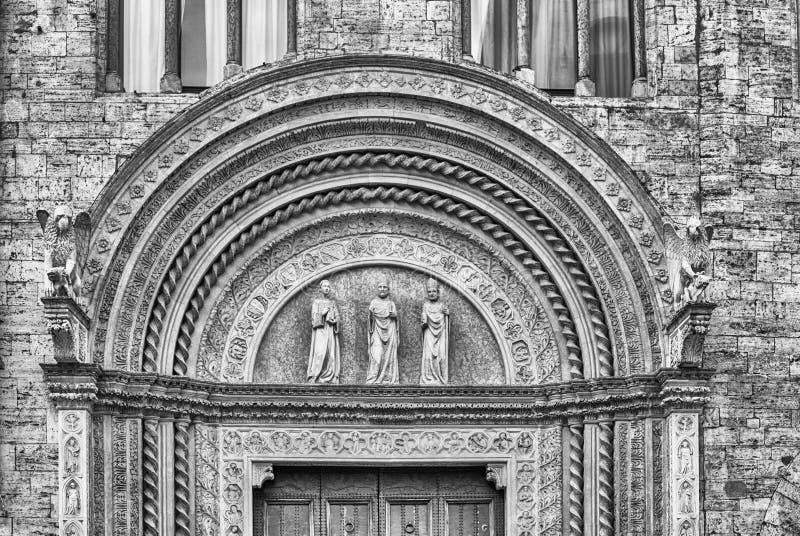 Деталь в фасаде галереи Умбрии национальной, Перудже, Италии стоковое фото rf