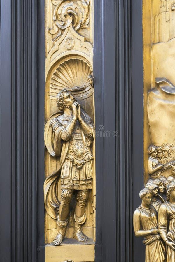 Деталь двери ворот рая в купели San Giovanni, Флоренс стоковые изображения