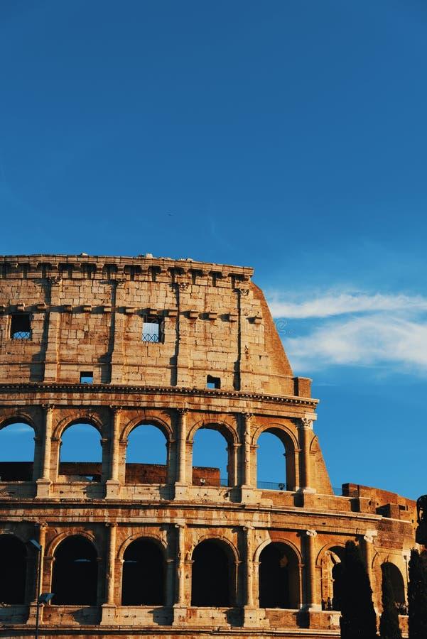 Деталь Колизея мира известного на заходе солнца стоковые фото
