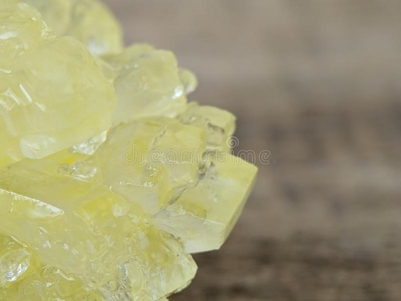 Деталь коричневого сахара утеса на съемке макроса стоковая фотография
