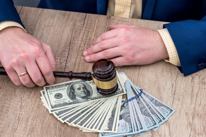 Деталь коррумпированного судьи стоковые изображения
