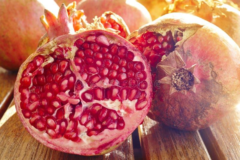 Деталь макроса семян плода гранатового дерева еда здоровая горизонтально стоковое изображение rf