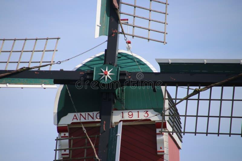 деталь полой мельницы столба назвала Heerlijkheid на воде Kro стоковые фотографии rf