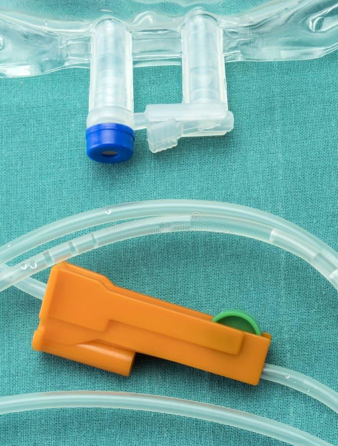 Деталь резин оборудования капельного орошения в таблице деятельности больницы стоковое изображение rf