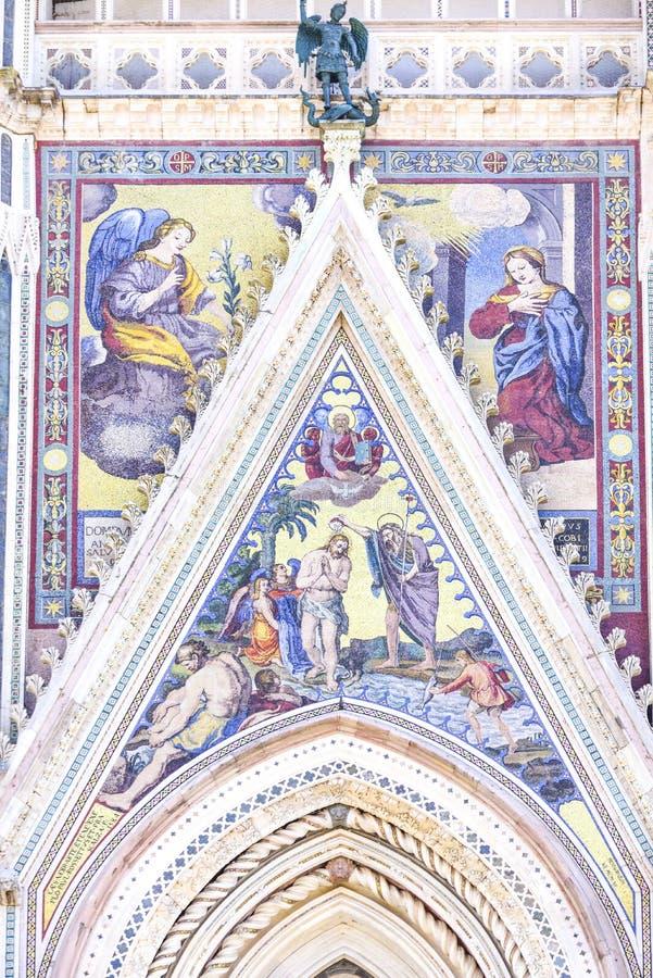 Деталь фасада собора Orvieto, Умбрии, Италии стоковая фотография rf