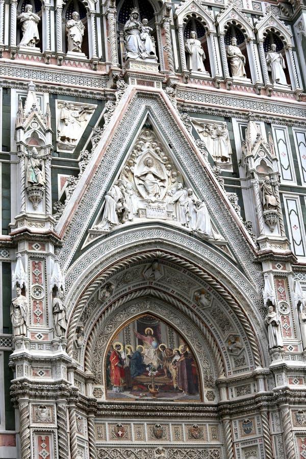 Деталь Флоренса Италии фасада собора вызвала Sant стоковая фотография