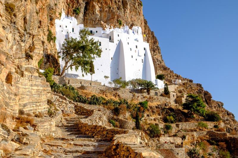 Детализируйте взгляд монастыря Panagia Hozovitissa на острове Amorgos, стоковое изображение