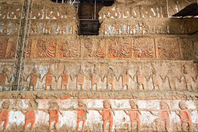 Детали в Ла луне Huaca de в Trujillo, Перу стоковое фото